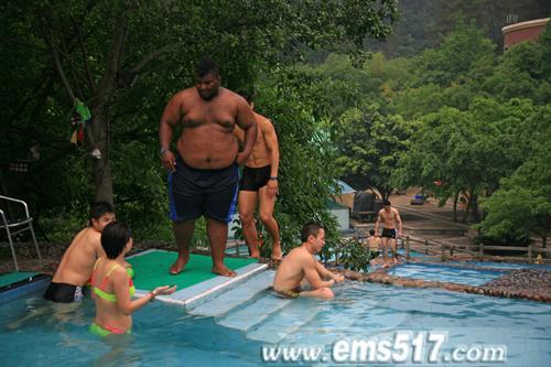 来自美国的重量级拳手