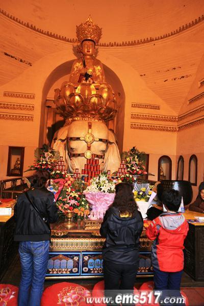 峨眉山清明节旅游祈福