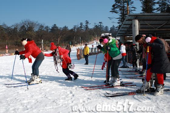 峨眉山滑雪场,冬景